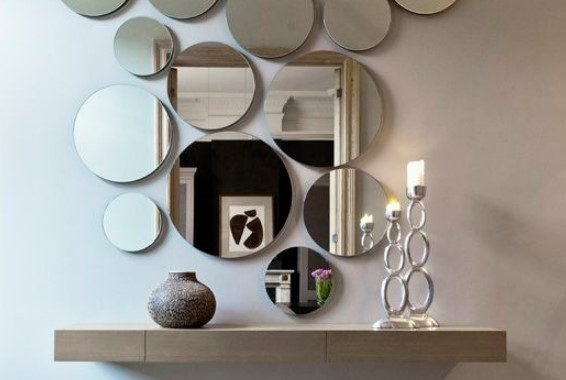 Circle Wall Mirror Arrangement Looks Cool And Modern Such An Unusual Decor Idea