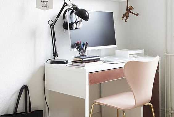 White Minimalist Desk With A Pink Drawer