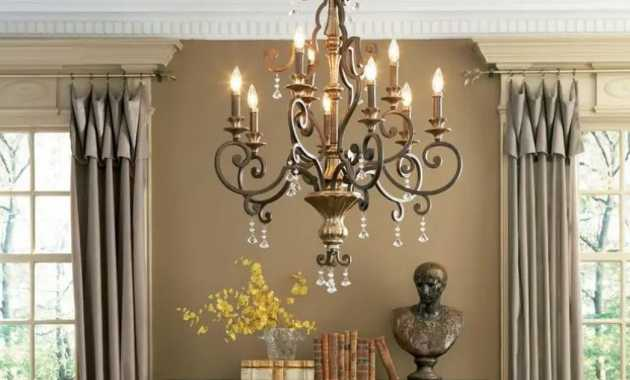 French Style Chandelier With Antique Finish