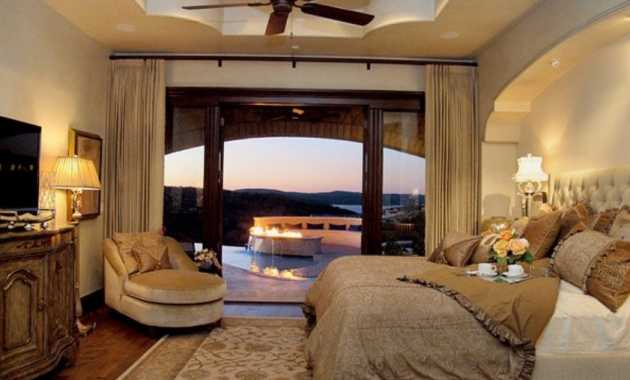 Take A View Outside While Lying On The Elegant Bed