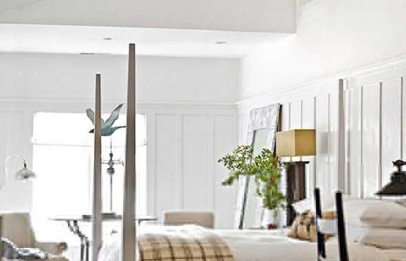 The Raised Ceiling With Exposed Beams And The Four Poster Bed Adds Up The Appeal Of Country Cottage Design.