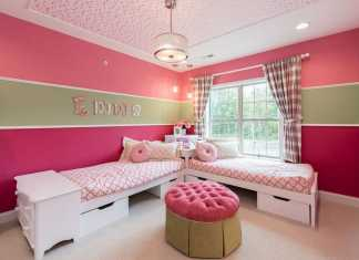 Cute Bedroom Saving Space With Corner Beds