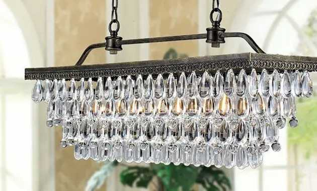 Elegant Chandelier Has A Touch Of Modernity And Would Look Beautiful In A Dining Room Or Kitchen